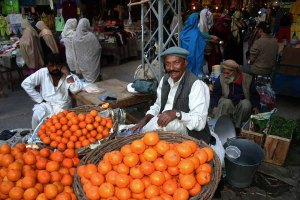 Pakistan_Orange_Seller